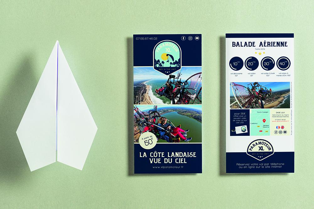 présentation du design des flyers xl paramoteur en mockup